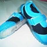 Giày mềm xanh biển - Vianni Kids (Han Quoc)  Size:  20 - 22 cm