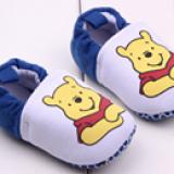 giày tập đ gấu Pooh  Size:  11-12-13 cm