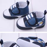 giày thể thao jean phi thuyền  Size:  9-15 tháng