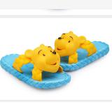 dép nhựa dẻogấu Pooh  Size:  17-19  cm