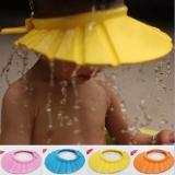 Mũ tắm chắn nước cho bé là sản phẩm cực kỳ tiện dụng cho các bậc phụ huynh khi gội đầu hoặc cắt tóc cho bé.