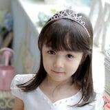 vương miện nữ hoàng trái tim-Hàng Handmade tinh xảo, với nguyên phụ liệu nhập từ HQ,Hàng xuất HQ.  Size: 1 tuổi trở lên