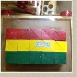 Khối tam giác. 1 túi gồm 30 chi tiết bằng gỗ sơn màu. KT: 4 x 4 x 4cm