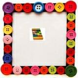 Bộ xếp hình XD 26 chi tiết sơn màu. Các chi tiết được làm bằng gỗ phủ bóng và sơn màu.  Size: 21 x 19 x 3,5 cm