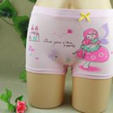 Quần chíp đùi cotton 4 chiều hình cô gái  Size: M(2-4 tuổi), L(4-7 tuổi)