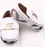 Giày tập đi Burberry  Size: 13 cm