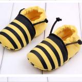 Giày tập đi ong vàng  Size: 11cm