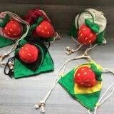 balo trái dâu, chất liệu: vải bố