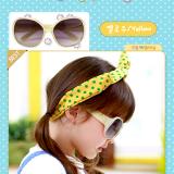 kính mát gọng đính hạt  thương hiệu Lemonkid Hàn Quốc San pham co chung nhan CE Chong tia cuc tim: UV 400 Phu kien kem theo: hộp bọc da thêu hình và khăn lau  Size: 1 tuổi trở lên