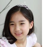 vương miện công chúa kiểu 2 . Hàng Handmade tinh xảo, với nguyên phụ liệu nhập từ HQ,Hàng xuất HQ.  Size: trên 1 tuổi