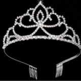 vương miện nữ hoàng. Hàng Handmade tinh xảo, với nguyên phụ liệu nhập từ HQ,Hàng xuất HQ.  Size: trên 1 tuổi
