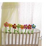 hoa trang trí phòng, giường cũi cho bé, giúp bé nhận ra và phân biệt được nhiều màu sắc khác nhau. Ngoài ra có thể dùng để cột rèm cửa hoạc trang trí các vật dụng trong nhà. thân hoa có thể uốn nắn tùy chỉnh được. Hàng handmade  Size: đường kính hoa 20-21cm, dài 65cm