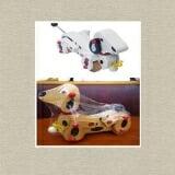 Con chó kéo dây. Sản phẩm  được lấy ý tương từ hình những chú chó đốm ngộ nghĩnh, đáng yêu từ trong chuyện cổ tích kết hợp với màu sắc sinh động, bắt mắt, các nhà sản xuất đã cho một sản phẩm đồ chơi vô cùng đáng yêu và thân thiện với bé. Sản phẩm được làm từ chất liệu gỗ cao cấp, nhẵn, không gây hại đến da bé không độc và sơn chuyên dùng sản xuất đồ chơi trẻ em (không phai màu, không dính màu, không hại đến da bé) cùng bề mặt nhẵn mịn, không góc cạnh, sản phẩm đảm bảo mang đến sự an toàn tuyệt đối cho bé khi sử dụng. Cách chơi rất đơn giản, bạn chỉ cho bé nắm 1 đầu dây và kéo đi hoặc bạn cũng có thể nối thêm dây dài hơn một tí để dễ kéo hơn. Nếu đặt bé ngồi trên chiếc xe đẩy, bạn có thể cột con chó gỗ kéo dây này ở phía sau để tăng thêm niềm vui cho bé khi đi dạo với bố mẹ. Với những chuyển động đẹp mắt sẽ là tạo được niềm vui rất lớn khi bé kéo xe đi hoặc đẩy xe. Điều này giúp bé có hứng thú hơn để vận động, nhất là những bé bắt đầu biết đi. Ngoài ra, với hình dáng chú chó ngộ nghĩnh, các bé sẽ học được cách nhận diện loài vật.  Size: 20 x 10 x 15 cm